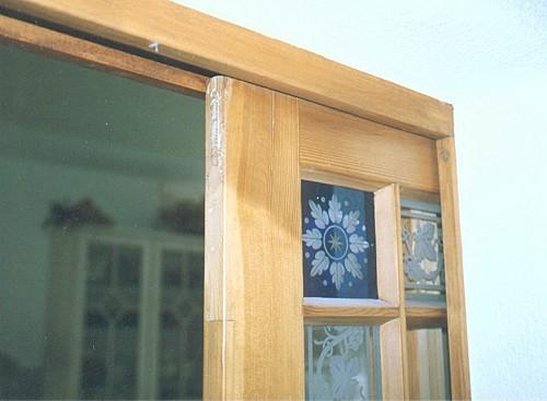 restaurierte und wieder eingebaute historische zimmert r zur schiebet r umgebaut. Black Bedroom Furniture Sets. Home Design Ideas