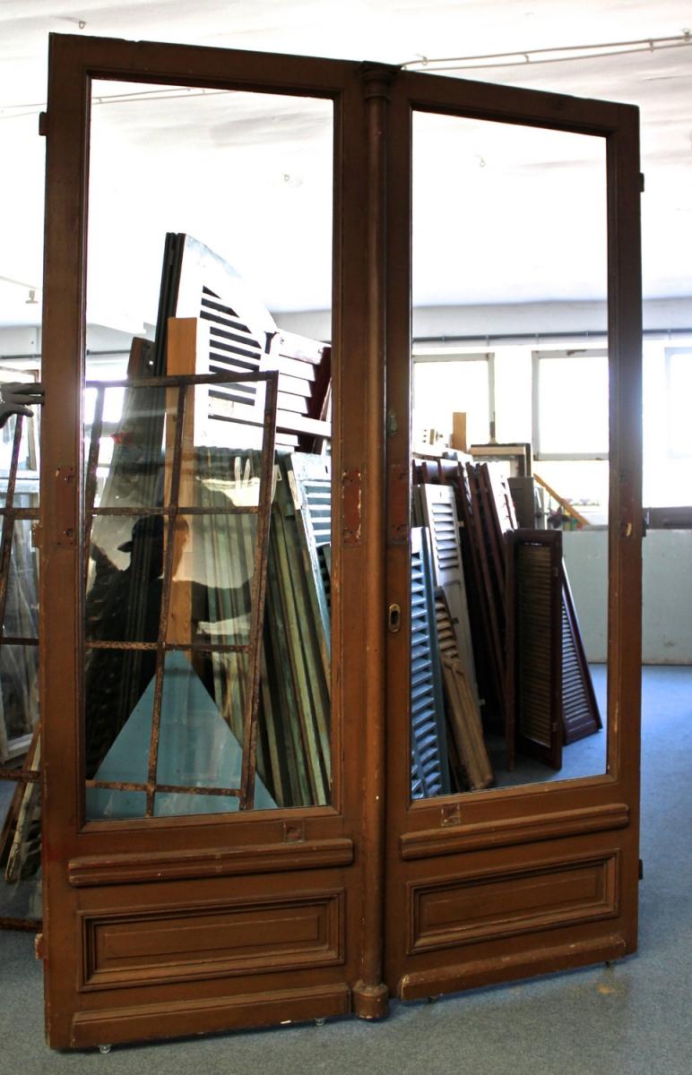 ladent r ein angebot aus der rubrik mehrfl gelige historische t ren mit gro em glaseinsatz. Black Bedroom Furniture Sets. Home Design Ideas