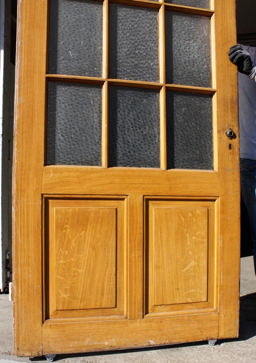 breite sprossent r ein angebot aus der rubrik einfl gelige historische t ren mit gro em. Black Bedroom Furniture Sets. Home Design Ideas