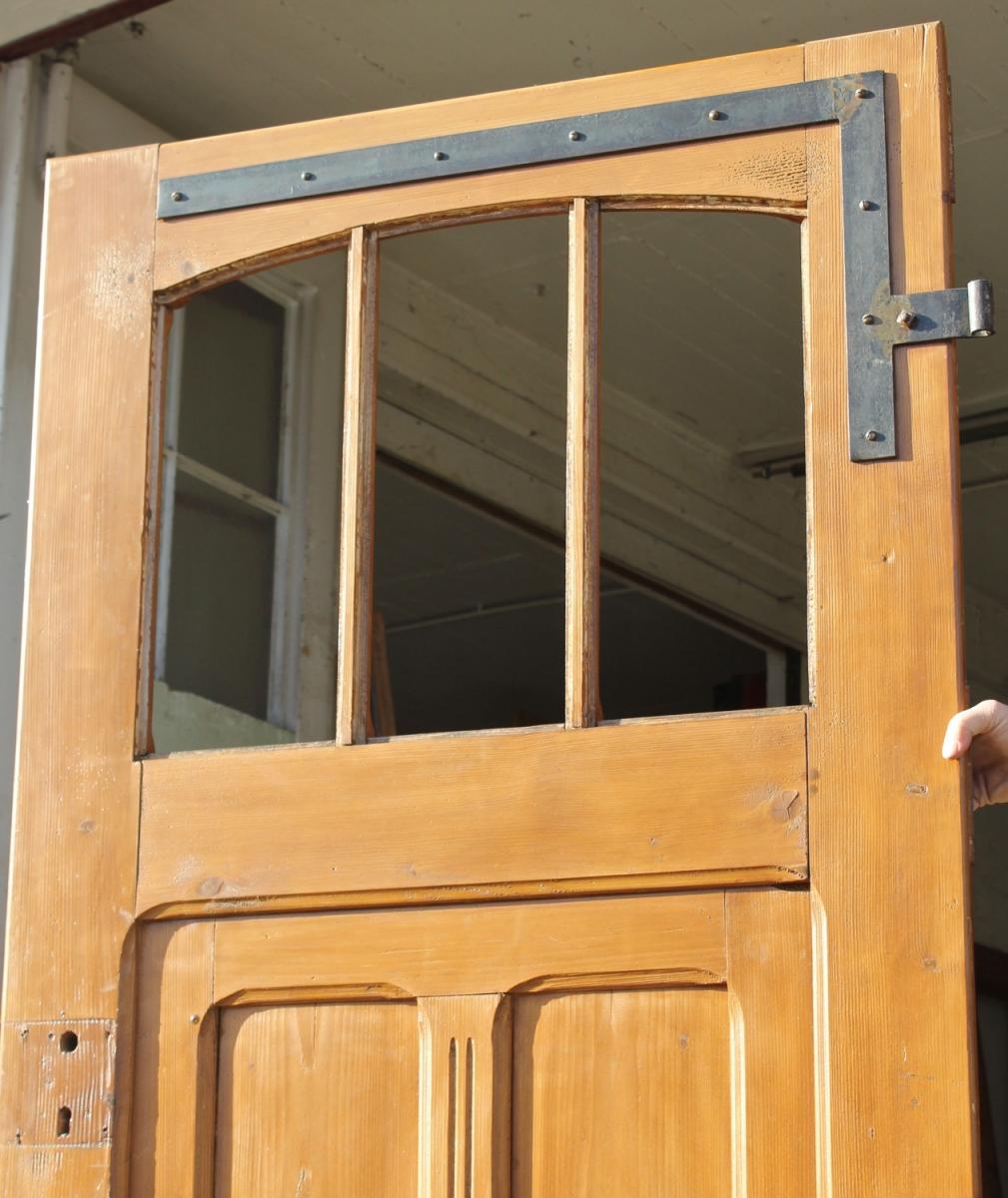 breite haust r ein angebot aus der rubrik einfl gelige historische haust ren unter 195 cm. Black Bedroom Furniture Sets. Home Design Ideas