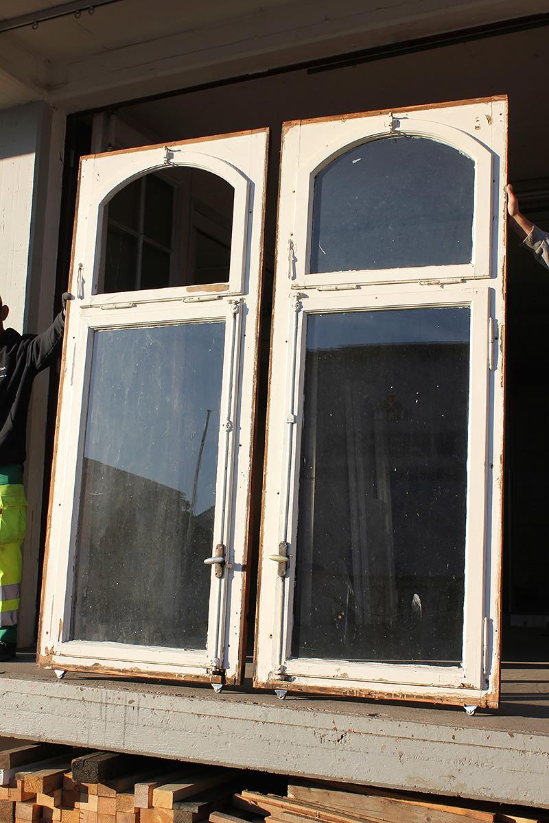 Gro e sprossenfenster angebote von florian langenbeck historische t ren und baustoffe freiburg - Oberlicht innenwand ...