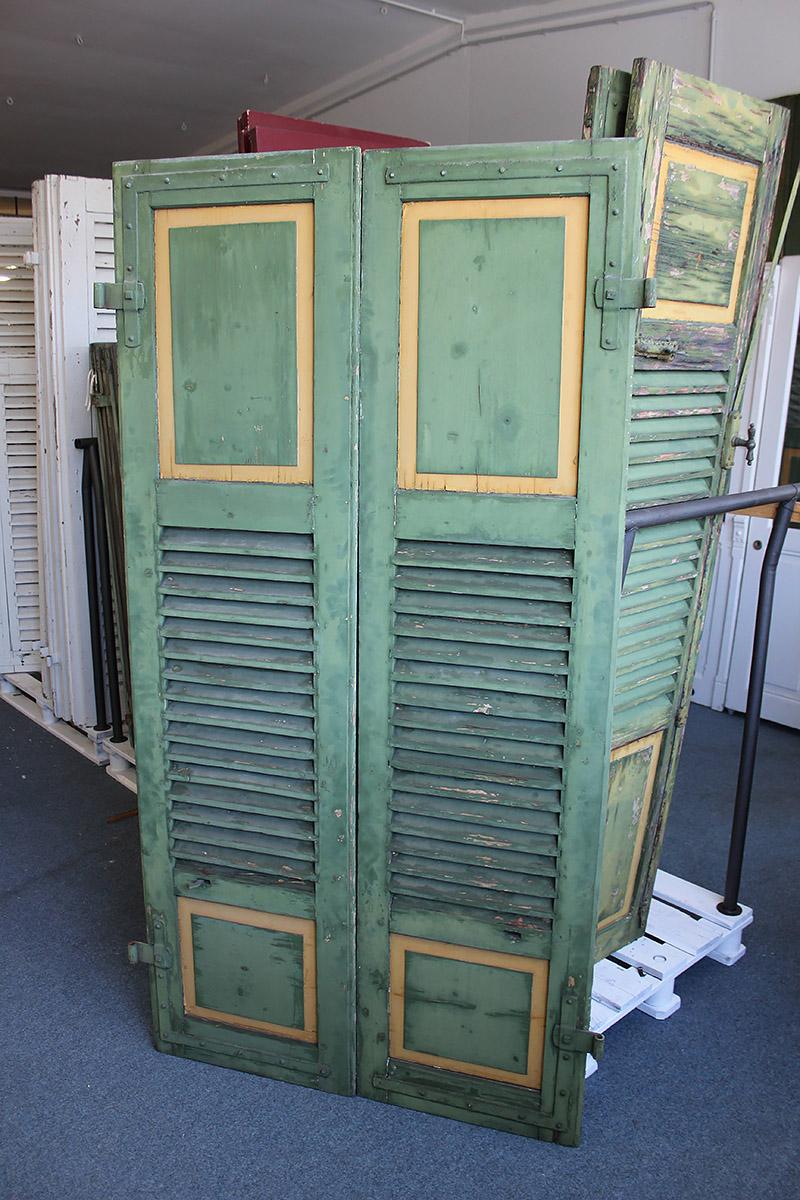 fensterl den und klappl den angebote von florian langenbeck historische t ren und baustoffe. Black Bedroom Furniture Sets. Home Design Ideas
