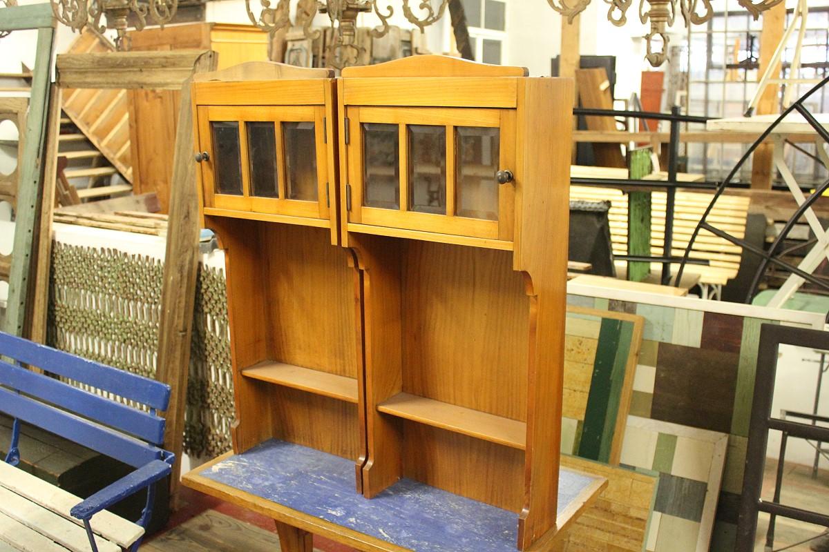 jugendstil wandschr nkchen ein angebot aus der rubrik mobiliar f r innen und au en von. Black Bedroom Furniture Sets. Home Design Ideas