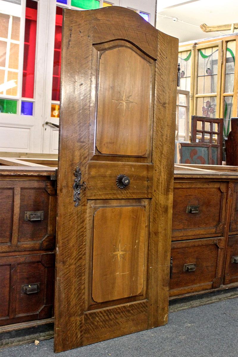 nu baumt re um 1780 ein angebot aus der rubrik schrankt ren von florian langenbeck. Black Bedroom Furniture Sets. Home Design Ideas