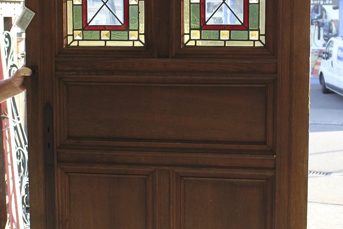 gr nderzeitt r aus eiche mit bleiglas ein angebot aus der rubrik einfl gelige historische. Black Bedroom Furniture Sets. Home Design Ideas