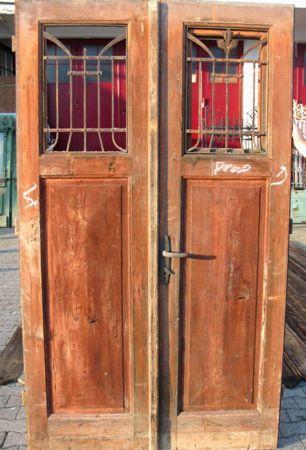 Antike türen  Eine historische Tür - Haustür oder Zimmertür - von Florian ...