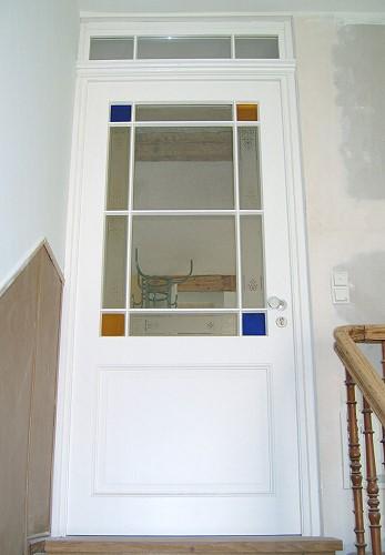 restaurierte und wieder eingebaute historische zimmert r originale aber aufger stete verwendung. Black Bedroom Furniture Sets. Home Design Ideas
