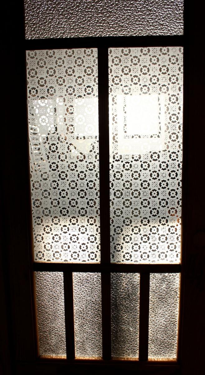 Unterschiedlich Mehrflügelige historische Türen mit großem Glaseinsatz, alle Höhen  PD31